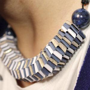 Collar Twist